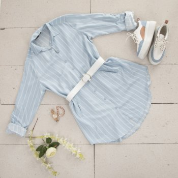 Light blue spring outfit, accessorizing with matching sneakers and jewelry
